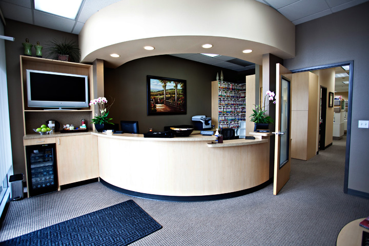 Dentist Hillsboro Oregon Dentist Tanasbourne Dr Jenkins Office Dental Reception Area TDCweb139